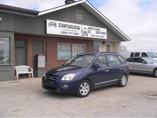 2007 Kia Rondo EX,  5 door wagon