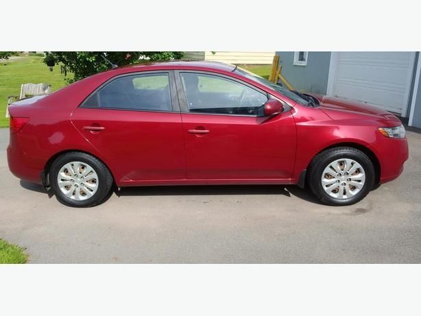 2010 Kia Forte LX - Lady driven, great shape