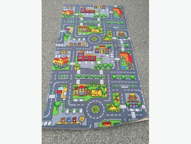 FREE: playroom rug