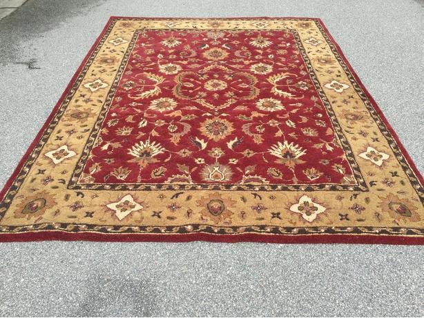 FREE: rug, 6' x 8'