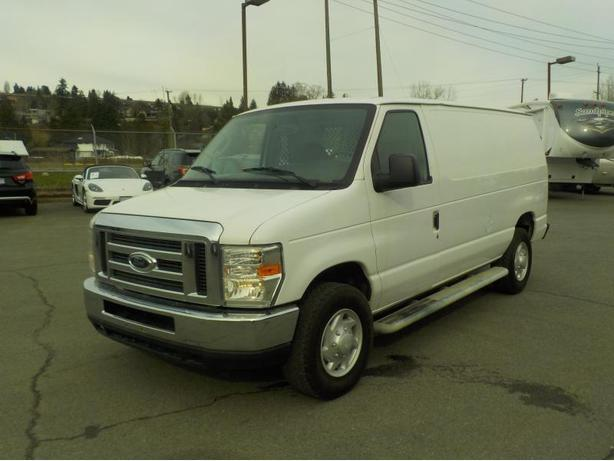 2008 Ford Econoline E-250 Cargo Van with Rear Shelving and Bulkhead Divider