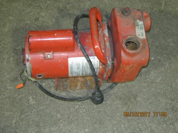 Red Lion Sewage pump