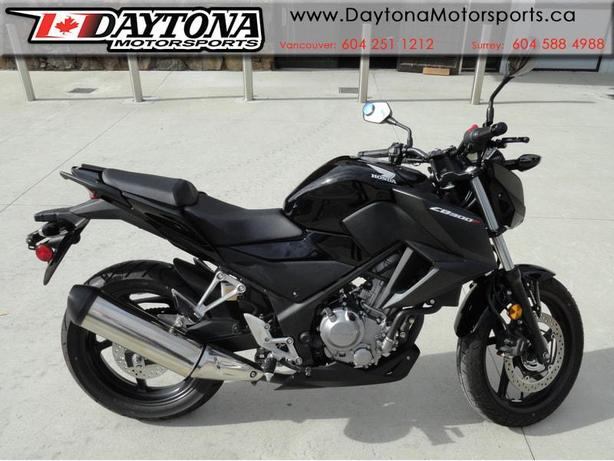 * SOLD * 2016 Honda CB300F ABS Sport Bike  * Low seat height, upright seating! *