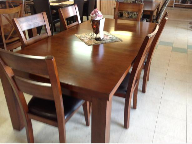 Brand new dining sets(STARTING FROM $379 TAXES IN)