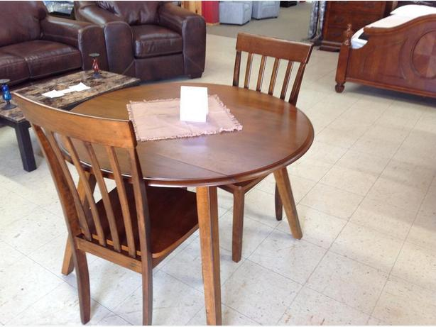 Brand new dining sets(STARTING FROM $340 TAXES IN)