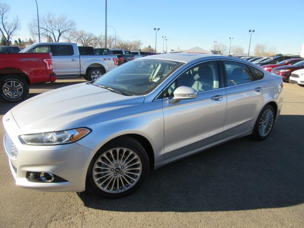 2016 Ford Fusion Titanium - Leather - Moonroof - Blindspot Info - Warranty