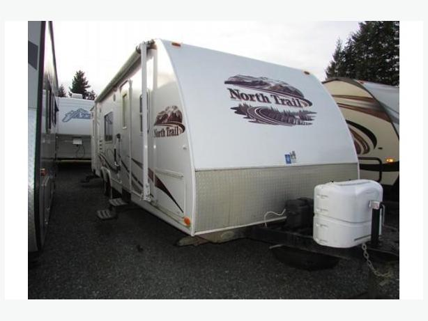 2010 North Trail 28BHS STK# DM17N1755C