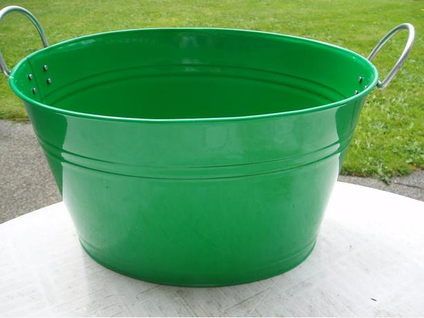 Party bucket/planter