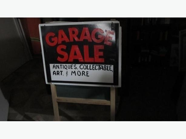 FREE: GARAGE SALE SIGNS