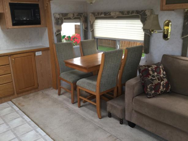 29 ft Corsair excella fifth wheel