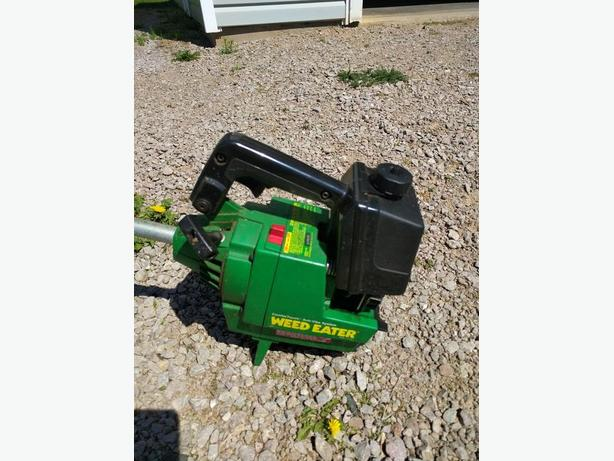 Weedeater Gti 16 Gas Trimmer.