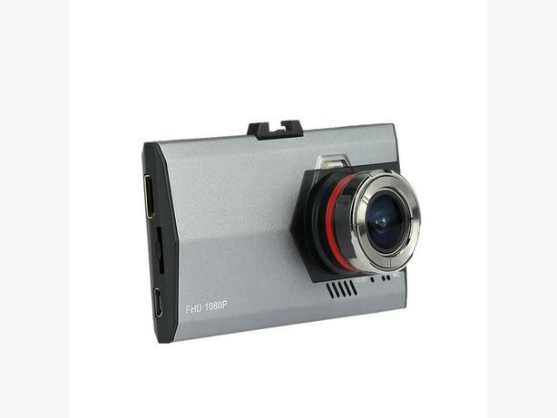 CAR DVR BLACK BOX DASH CAM 1080p BRAND NEW IN THE BOX