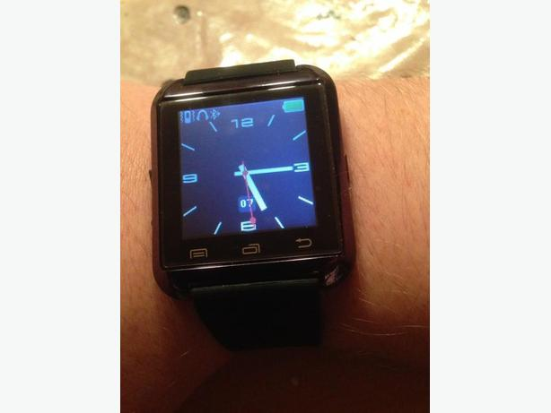 Smartwatch Watch - BLACK ALL NEW IN THE BOX