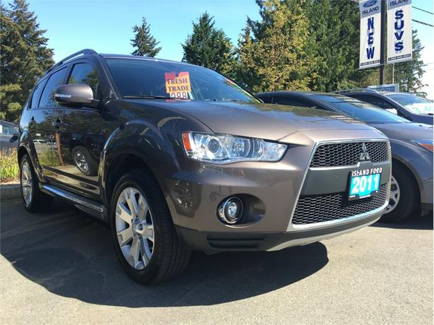2011 Mitsubishi Outlander GT, Heated Seats, Nav, AWD