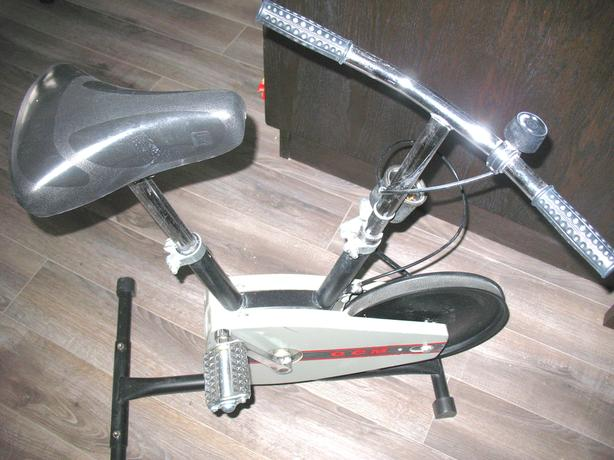 CCM Compact Stand Alone Exercise Bike
