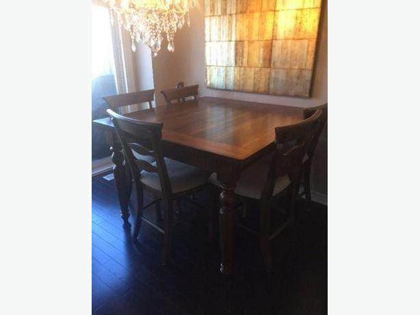 Summerlands Dining Room Table 8 Chairs
