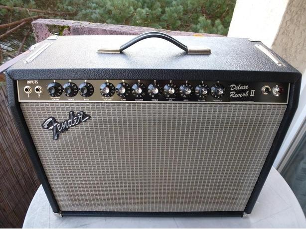 WANTED: Fender Deluxe Reverb ii - (2) TWO