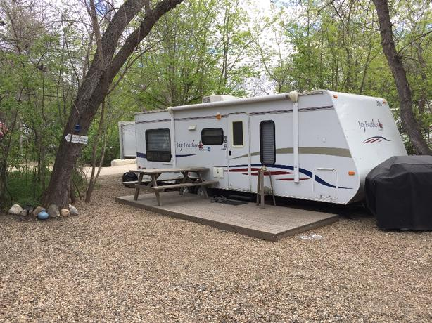 KATEPWA RV PARK - SITE OR SITE AND CAMPER