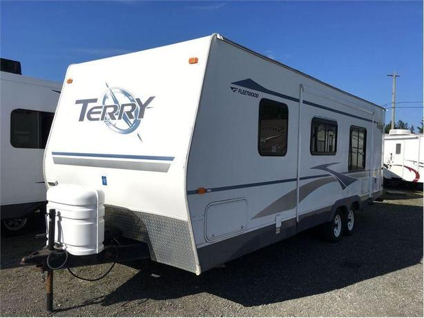 2005 Fleetwood RV Terry 270FQS -