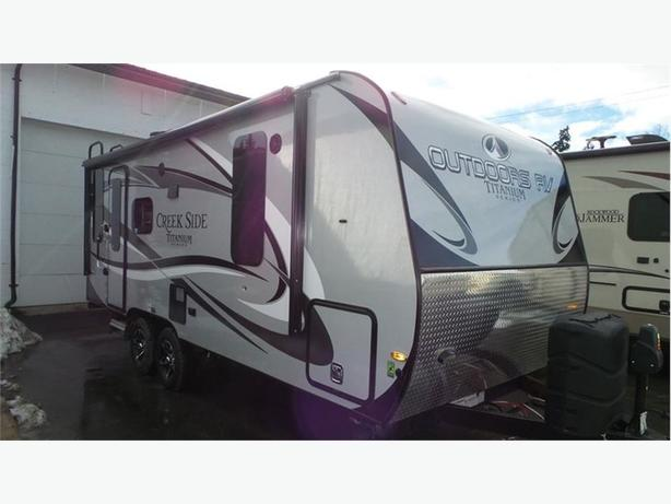 2017 Outdoors RV Titanium Creek Side 20FQ -