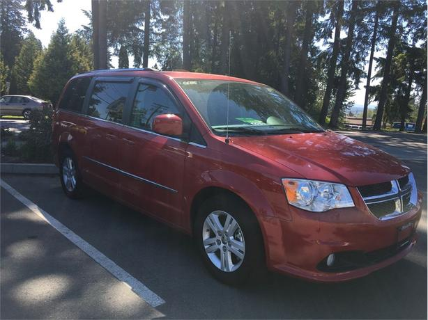 2015 Dodge Grand Caravan CREW, Accident Free, Seats 7