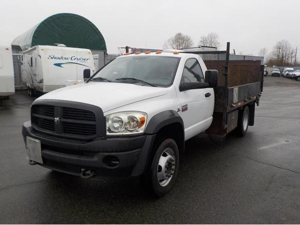 2009 Dodge Ram 5500 Regular Cab 12 Foot Flatdeck Dually Diesel 2WD w/ Power Tail