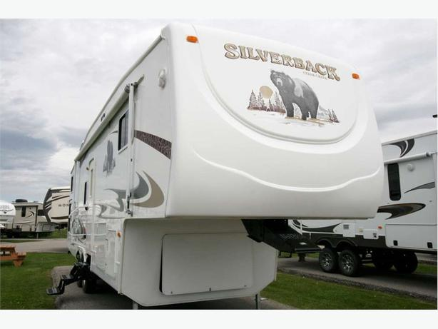 2007 Forest River CEDAR CREEK 31LBHBS