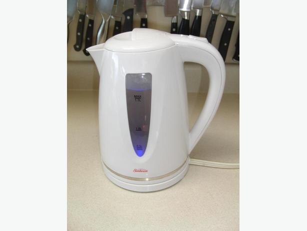 Sunbeam 1.7 liter Electric Kettle