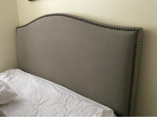 Queen size bed set and headboard