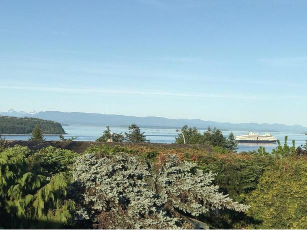 Ocean views and acreage in Campbell River BC