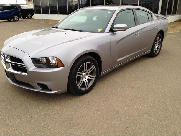 2014 Dodge Charger SXT  ONLY 36949 Kms