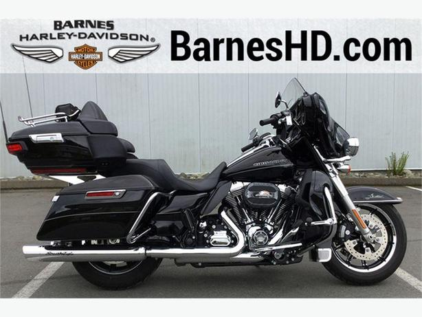 2015 Harley-Davidson® FLHTKL - Ultra Limited Low