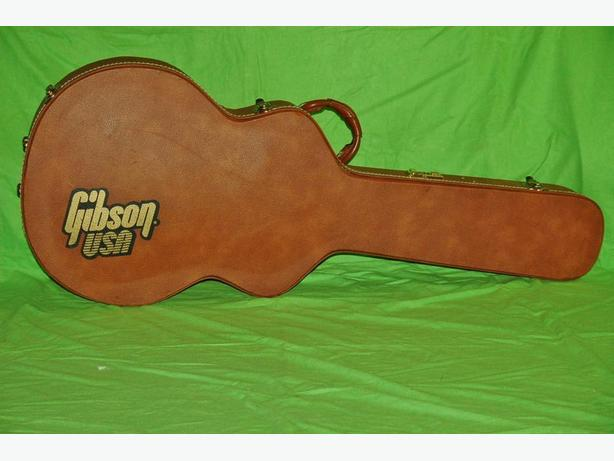 Gibson ES-335 Hard case please visit my  Web Site