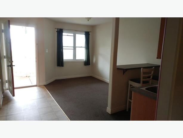 Still Avail. Cozy 1 Bedroom in Beautiful St Peters Bay
