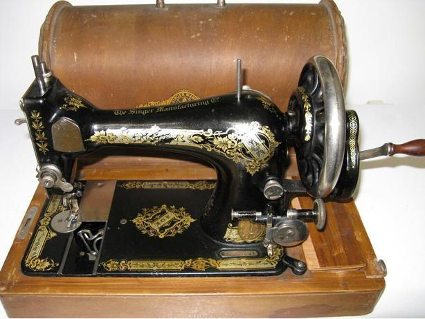 40 Model 40 Singer Hand Crank Sewing Machine South Nanaimo Nanaimo Stunning Singer Hand Crank Sewing Machine