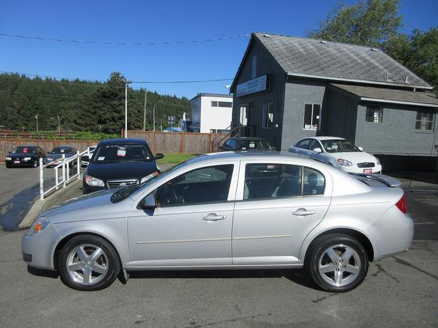 2005 chevrolet cobalt ls low km 39 s 4 door sedan outside. Black Bedroom Furniture Sets. Home Design Ideas