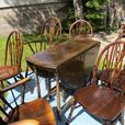 AUNTS 1920S  ESTATE DOUBLE GATELEG TABLE AND FIVE CHAIRS