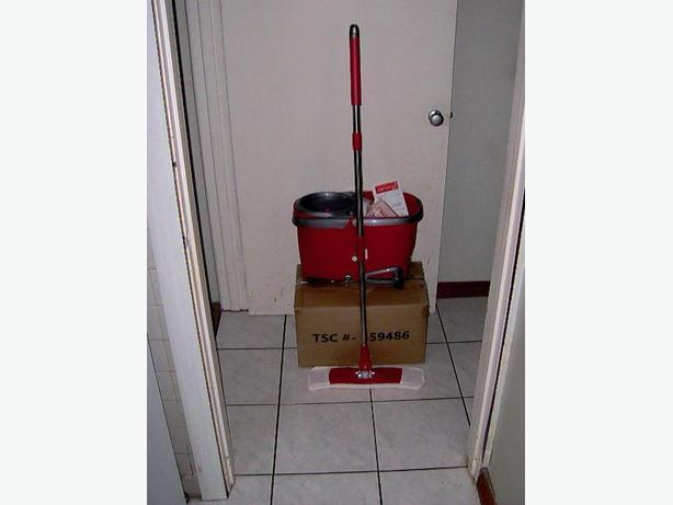 Flymop Mercury 2 with bucket and 3 Microfiiber Cloth