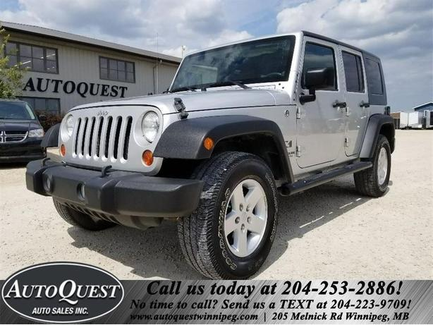 2009 Jeep Wrangler Unlimited  X- 3.8L, 4x4, Cruise, LOW MILEAGE!
