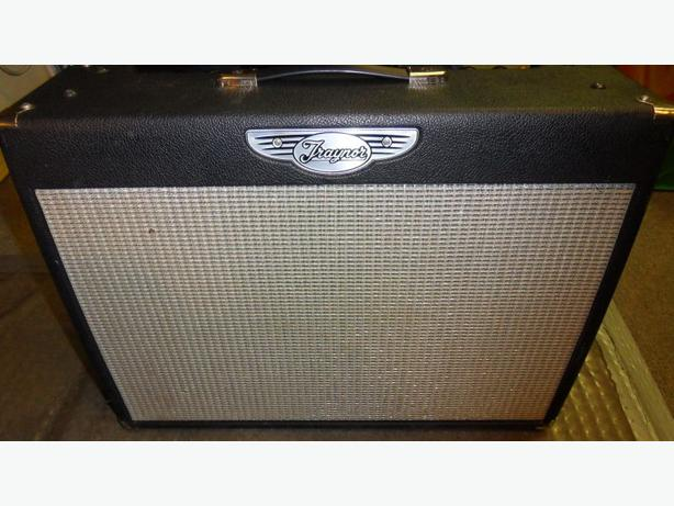Traynor Custom Valve 80 YCV80 80Watt Amplifer