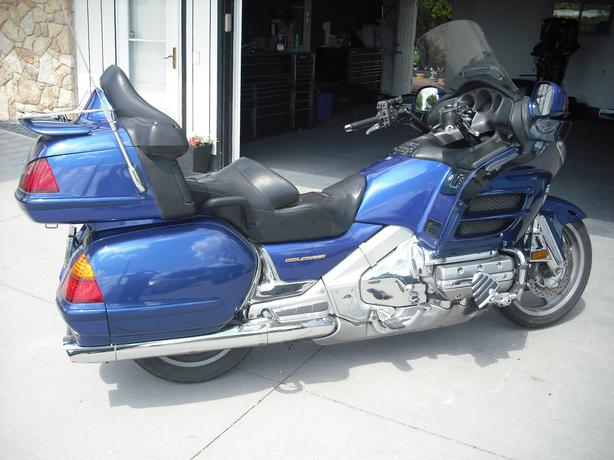 2001 Honda Goldwing GL1800 ABS Motorcycle with Extra's