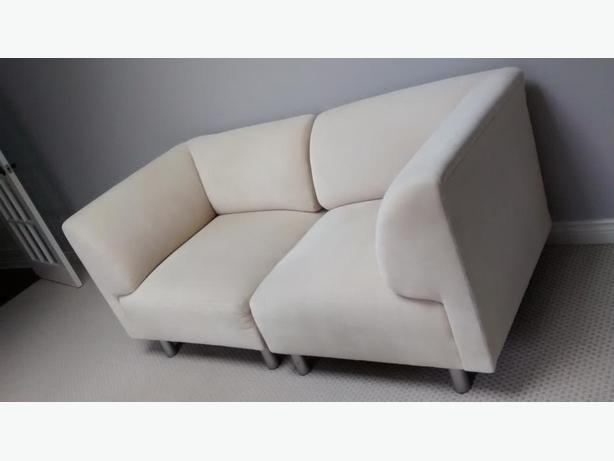 DeBoers Love Seat!