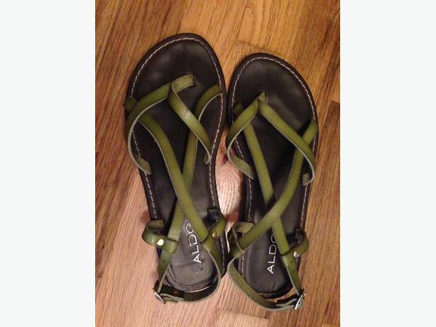 ALDO leather sandles-size 7