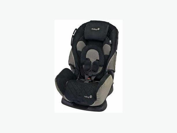 2 Like New Safety First Alpha Omega 65 Carseat