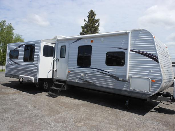 2013 Jayco Jayflight 33RLDS Travel Trailer