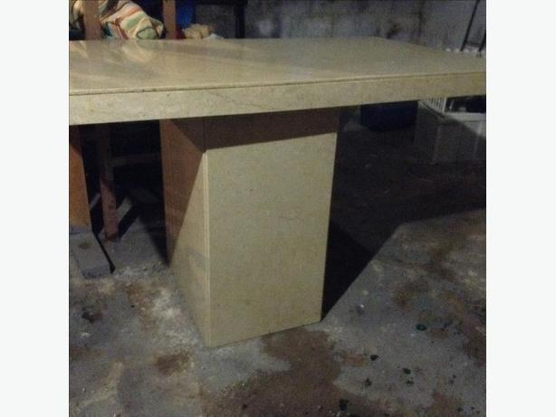 FREE: Marble Pedestal Table