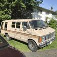 1984 Dodge B350  Van ( one Ton with Reciever hitch) tow anything !