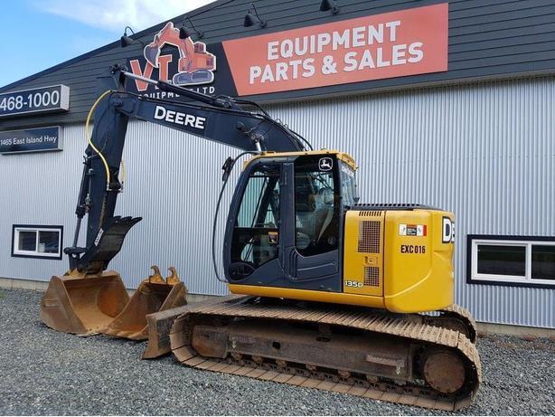John Deere 135D Excavator