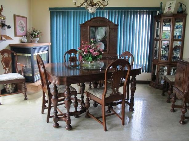 Dining Room Set 9 piece Solid Wood