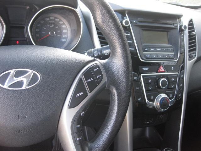 2013 hyundai elantra gt auto loaded 115km 12m wrty safety. Black Bedroom Furniture Sets. Home Design Ideas